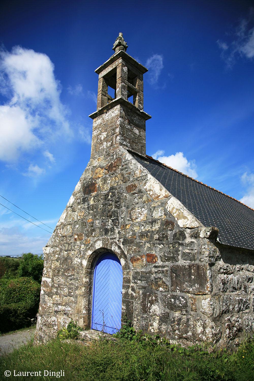 Petite église de Kersuet entre Crozon et Camaret © Laurent Dingli - Tous droits réservés